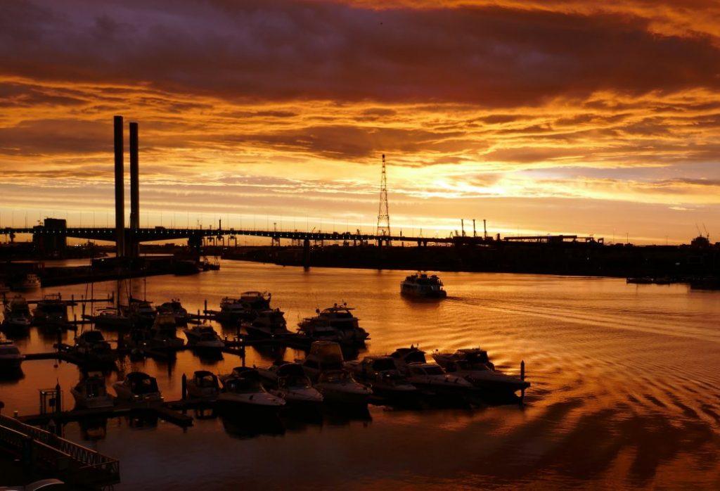 Sunset over Bolte bridge